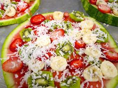 """Turn a fruit salad into a personal fresh fruit pizza with coconut """"cheese"""" for a fun and healthy snack Healthy Snack Options, Healthy Breakfast Recipes, Yummy Snacks, Easy Healthy Recipes, Easy Dinner Recipes, Appetizer Recipes, Healthy Snacks, Appetizers, Fruit Cake Watermelon"""