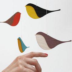 Movil pájaros madera