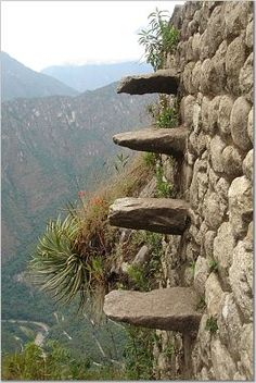 Death Steps - Machu Picchu, Cusco. my mom and sister were there and I think mother dear even tried it ?!?!?!