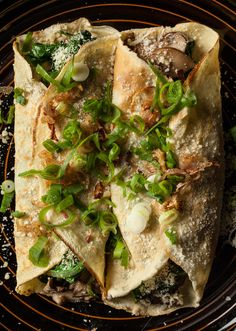 Mushroom, Spinach, and Parmesan Crêpes by chow #Crepes #Mushroom #Spinach #Parmesan