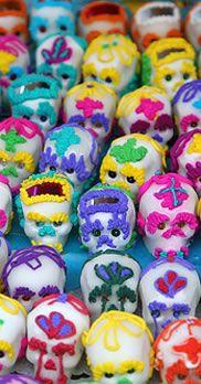 Offering Day of the Dead / Dia de los Muertos Mexican Folk Art, Sugar Skulls, Calaveras de Azucar, Molds and more!