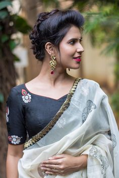 Buy Designer Blouses online, Custom Design Blouses, Ready Made Blouses, Saree Blouse patterns at our online shop House of Blouse from India. Kerala Saree Blouse Designs, Saree Blouse Patterns, Designer Blouses Online, House Of Blouse, Saree Hairstyles, Kalamkari Saree, Saree Styles, Blouse Styles, Kurta Designs