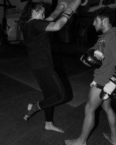 "6 Gostos, 0 Comentários - Cátia Fernandes (@sofiafotografia2019) no Instagram: ""#kickboxing #paixao"" Tap Shoes, Dance Shoes, Kickboxing, Instagram, Fashion, Professional Photography, Dancing Shoes, Moda, Fashion Styles"