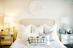 This is the perfect bedroom. It just needs a riveted headboard like the Drapers have on Mad Men. Loooove!