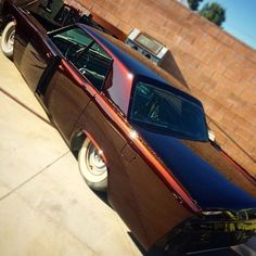 """""""The sexy slabside out in the sun."""" flyin iron designs house of kolor lincoln continental mob steel"""