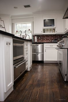 Kitchen remodel completed by Griffin Construction in Houston, Tx