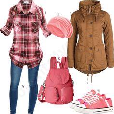 Rosa Damenoutfit mit weitem Hemd, Rucksack und Sneakern (w0978) #hemd #rosa #rucksack #jeans #outfit #style #fashion #womensfashion #womensstyle #womenswear #clothing #frauenmode #damenmode #handtasche #inspiration #frauenoutfit #damenoutfit