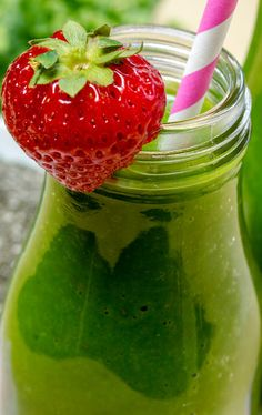 Green Breakfast Smoothie – ModernMom -