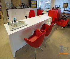 Lada recepcyjna - sali obsługi klienta , opis jak powstał projekt na http://www.projektmebel.pl/oferta/produkt/lady-nietypowe