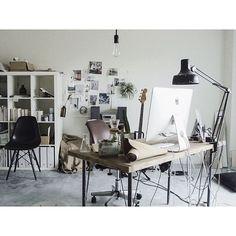 一人暮らし/NO GREEN NO LIFE/メンズ部屋/DIY/IKEA…などのインテリア実例 - 2015-04-19 11:21:31 | RoomClip(ルームクリップ) Ikea Interior, Interior Design, Desk Setup, Cool Rooms, House Rooms, Home Bedroom, Boy Room, Interior Inspiration, Interior Ideas