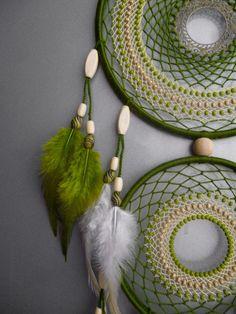 Dream Catcher Craft, Dream Catcher Boho, Yarn Crafts, Diy And Crafts, Arts And Crafts, Dreamcatchers, Beautiful Dream Catchers, Bohemian Tapestry, Boho Wall Hanging