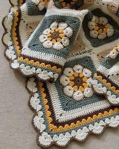 Crochet Bedspread, Crochet Blanket Patterns, Knitting Patterns, Love Crochet, Crochet Baby, Knit Crochet, Square Blanket, Afghan Blanket, Crochet African Flowers