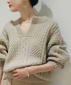 Cable Knitting, Sweater Knitting Patterns, Cable Knit Sweaters, Knitwear Fashion, Knit Fashion, Sweater Fashion, Sweater Weather, Celtic, Knit Crochet