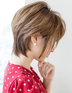 大人ショート(IT-116) | ヘアカタログ・髪型・ヘアスタイル|AFLOAT(アフロート)表参道・銀座・名古屋の美容室・美容院