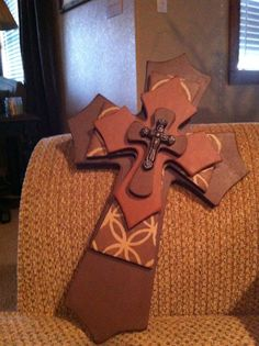 Medium+Brown+Ponytail+and+Cinnamon+Wood+Cross+by+SignsBYDebbieHess,+$25.00