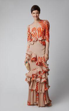 Get inspired and discover Johanna Ortiz trunkshow! Shop the latest Johanna Ortiz collection at Moda Operandi. Stylish Dresses, Nice Dresses, Modest Fashion, Fashion Dresses, Fashion Details, Fashion Design, Fashion Trends, Fashion Sketches, Silk Dress