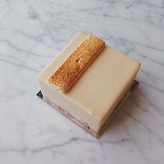 B-A-N-A-N-A-S / brown butter, blond chocolate, vanilla, marshmallow, banana shortbread (at Craftsman and Wolves)