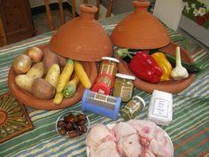 Das perfekte Tajine - Hähnchen-Rezept mit Bild und einfacher Schritt-für-Schritt-Anleitung: Tajines können auf Feuer (mit Stövchen) und auf jedem Herd… Herd, Dairy, Food And Drink, Cheese, Chicken, Dinner, Cooking, Recipes, Orient Express