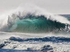 Breaking Wave, Kauai, Hawaii  © Mark A. Johnson / Corbis
