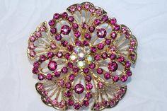 Vintage style Sparkling Pink Fuchsia Brooch Pin Rhinestones Crystal Gold plated Embellishment  Broach DIY Wedding Bridal Bouquet Sash