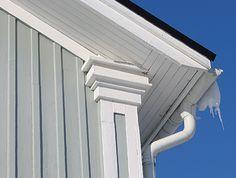 Pilaster corner