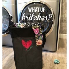 What up britches? I\'m in looooove with the Stand Tall Bin from Thirty-One! Thinking this hilarious saying should be embroidered on my next purchase.  #ilovemybaglady Mythirtyone.com/mckaylasbags