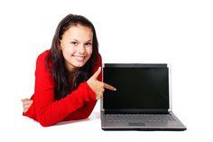 女性を指してlaptop 無料画像 - Public Domain Pictures