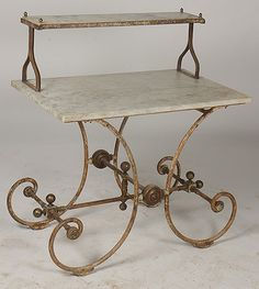 love... 19th c. French Bakers table