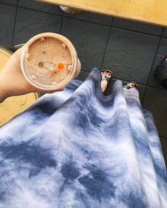 Full day with the home inspection and meeting with our realtor plus regular Tuesday school and prepping for small group tonight. Sunshine smoothies and crazy comfy tie-dye Carly while we go go GO! #onthego #buyingahouseisstressful