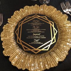 Beautiful #goldfoil custom stationery by @paperedwonders for yesterday's @ellescoutureevents #wedding  Love! #munacoterie members. #Munaluchi #munaluchibride #weddingthings #inlove