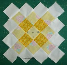 great tutorial for a granny square using multiple colors for the center; link:  http://espritpatch.blogspot.com/2013/08/granny-bee-blocks-tutorial.html