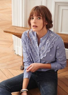 Sezane launched their January capsule online yesterday (surprise, surprise, it's selling out fast…) and I thought you might like to take a peek. The model resembles a tomboyish, freckled Jane Birkin, which perfectly fits the brand's Parisian chic look. The new additions include a darling new Demain tee which has a wonderful philanthropic mission behind …