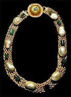 Pearl and emerald necklace from Pompeii.
