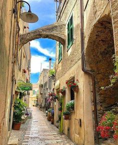 Passeggiata a Varezzi, Savona Liguria. Italy. Pic by @nonnarena1