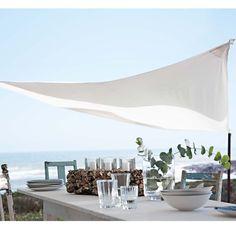 Sonnensegel in edlem Weiß mit Mast aus Birkenholz. #impressionen #garden