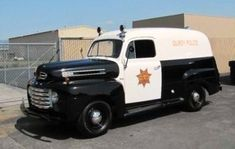 1952 Ford Paddy Wagon....Gilroy Police Department...