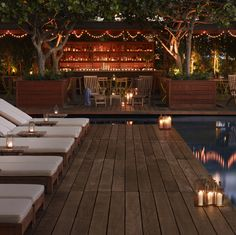 [candles.stringlights.pool]
