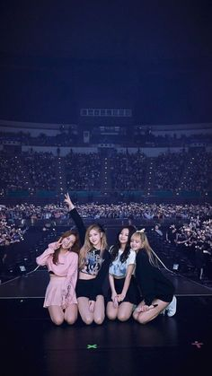 samsung wallpaper kpop Full HD - Best of Wallpapers for Andriod and ios Kpop Wallpaper, Lisa Blackpink Wallpaper, Wallpaper Samsung, Kpop Girl Groups, Korean Girl Groups, Kpop Girls, K Pop, Black Pink Kpop, Blackpink Photos