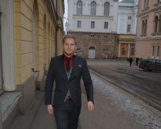 Bold contrasts by Räätälistudio #raatalistudio #helsinki #tampere #suomi #puku #suit #threepiecesuit