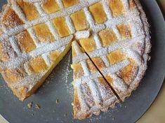 Křehký tvarohový koláč Czech Recipes, Sweet Desserts, Apple Pie, Cheesecake, Deserts, Food And Drink, Cooking Recipes, Candy, Baking