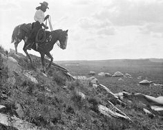 thedaythatnevercomes:    Zack T. Burkett going down a steep incline on his cow pony. LS Ranch, near Tascosa, Texas, 1907 Photo by Erwin E. Smith