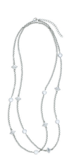 The Harley-Davidson® Women's Rhinestone Shield Wrap Necklace is a gorgeous accessory with multiple styling options. Double it up for long layers. Or wear with a choker to create an edgy contrast. This necklace is meant to mix and match, so go for it! This necklace has alternating crystal and Bar & Shield® logo charms with H-D® engraved on the ba...