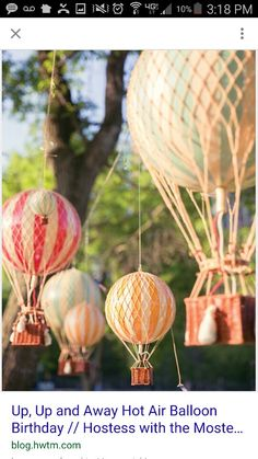 A Hot Air Balloon Birthday Party with vintage travel decor, pilot's helmet, DIY first year photo display, hot air balloon cake + cloud & balloon cookie pops Ballon Party, Party Kulissen, Baby Party, Party Time, Party Ideas, Air Ballon, Baby Shower Balloons, Birthday Balloons, 1st Birthday Parties