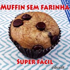 Boa noite!! Passando a receita completa dos muffins sem farinha DELICIOSOS aqui para vocês! Uma opção saudável que vai surpreender vocês! Quem quiser conferir no YouTube, o link está no meu perfil! Espero que gostem! 😃  Ingredientes: 🔹1 banana média 🔹1 ovo 🔹1/2 xícara de pasta de amendoim integral 🔹3 colheres de sopa de mel 🔹1/2 colher de chá de bicarbonato de sódio 🔹1 colher de sopa de essência de baunilha Modo de preparo: Colocar os ingredientes no liquidificador (menos o…