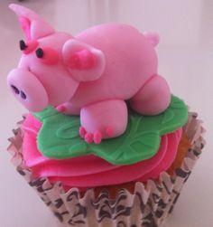 Perfect Pink Pig Cupcake for Julia D. :)