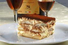 Tiramisu z mascarpone recept - Labužník. Tiramisu, Brownies, Ale, Waffles, French Toast, Sweets, Baking, Breakfast, Ethnic Recipes