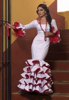 Spanish Gypsy, Spanish Dancer, Flamenco Costume, Flamenco Dancers, African Fashion Traditional, Hermes Paris, Dressmaking, Ruffles, Style Inspiration