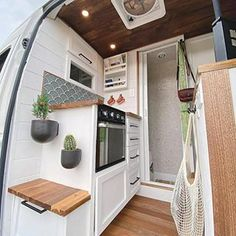 Likes, 21 Comments - 🏕Vanlife Camper Interior Design, Van Interior, Van Conversion Interior, Camper Van Conversion Diy, Bus Living, Tiny House Living, Hy Citroen, Vw Lt 28, Van Home