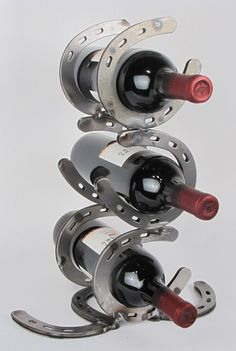 Horseshoe Stacked 3 Bottle Tabletop Wine Rack