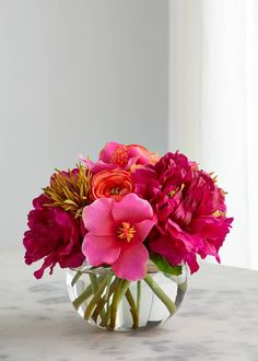 Small Flower Arrangements, Hydrangea Arrangements, Floral Centerpieces, Valentine Flower Arrangements, Tall Centerpiece, Centerpiece Wedding, Faux Flowers, Small Flowers, Beautiful Flowers